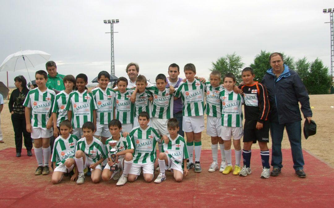 El equipo alevín de fútbol de las Escuelas Municipales queda subcampeón provincial y campeón comarcal de fútbol 7