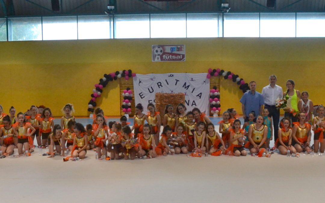 Exitosa exhibición de la escuela de gimnasia rítmica de Escalona