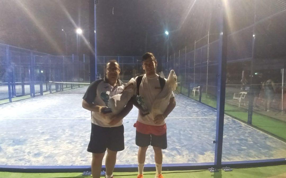 Roberto Aguilar y Eduardo Blanco campeones de Pádel