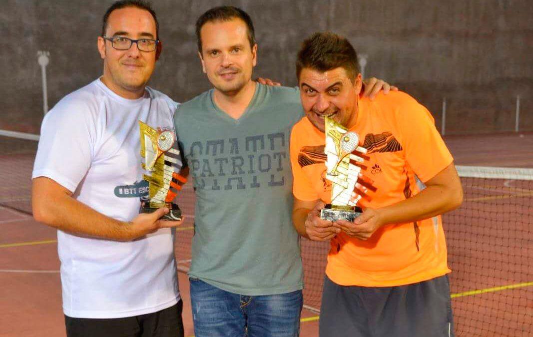 Ángel Vicente y Roberto Aguilar, campeones del Torneo de Tenis de dobles