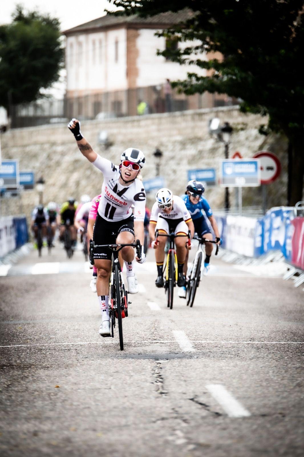 Lorena Wiebes, ganadora de la 1ª Etapa de la Vuelta a España Femenina